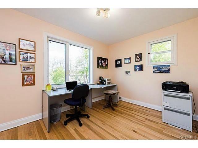 Photo 12: Photos: 359 Kingston Crescent in WINNIPEG: St Vital Residential for sale (South East Winnipeg)  : MLS®# 1513221