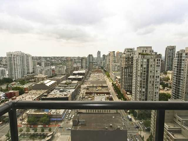 "Photo 8: Photos: 2510 928 HOMER Street in Vancouver: VVWYA Condo for sale in ""YALETOWN PARK"" (Vancouver West)  : MLS®# V895072"