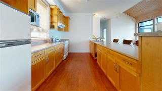 "Photo 16: 21 - 22 PASSAGE Island in West Vancouver: Howe Sound House for sale in ""PASSAGE ISLAND"" : MLS®# R2412224"