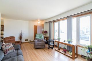 Photo 4: 707 Simpson Avenue in Winnipeg: Residential for sale (3B)  : MLS®# 202109105
