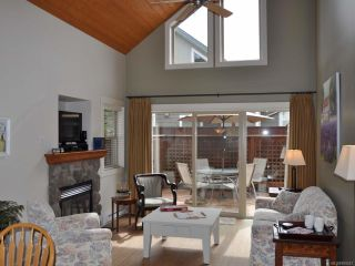 Photo 3: 151 1080 RESORT DRIVE in PARKSVILLE: PQ Parksville Row/Townhouse for sale (Parksville/Qualicum)  : MLS®# 809247