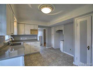 Photo 9: 3106 Balfour Ave in VICTORIA: Vi Burnside House for sale (Victoria)  : MLS®# 716627