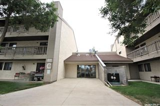 Photo 2: 206 207 Tait Place in Saskatoon: Wildwood Residential for sale : MLS®# SK847475