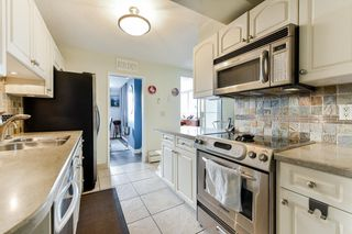 """Photo 11: PH1 620 SEVENTH Avenue in New Westminster: Uptown NW Condo for sale in """"Charter House"""" : MLS®# R2617664"""