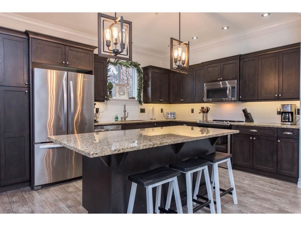Photo 9: Photos: 16 44849 ANGLERS Boulevard in Chilliwack: Vedder S Watson-Promontory Townhouse for sale (Sardis)  : MLS®# R2536060