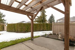 """Photo 4: 35 6140 192 Street in Surrey: Cloverdale BC Townhouse for sale in """"The Estates at Manor Ridge"""" (Cloverdale)  : MLS®# R2396053"""