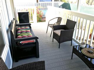 Photo 2: SAN DIEGO Manufactured Home for sale : 2 bedrooms : 4792 1/2 Old Cliffs Rd.