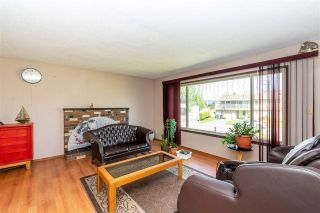 Photo 11: 1955 CATALINA Crescent in Abbotsford: Central Abbotsford House for sale : MLS®# R2569371