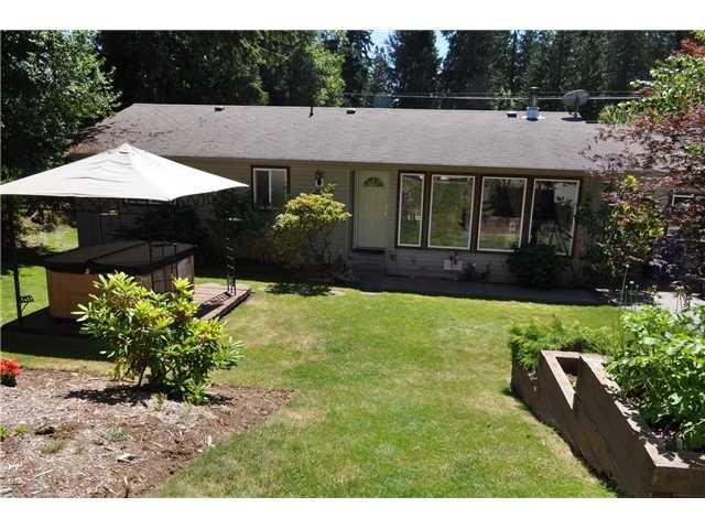 Main Photo: 5538 LEANNE Road in Sechelt: Sechelt District House for sale (Sunshine Coast)  : MLS®# V862642