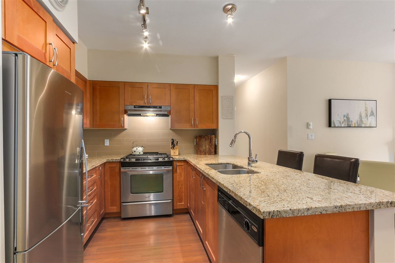 "Photo 9: Photos: 201 1111 E 27TH Street in North Vancouver: Lynn Valley Condo for sale in ""Branches"" : MLS®# R2283377"