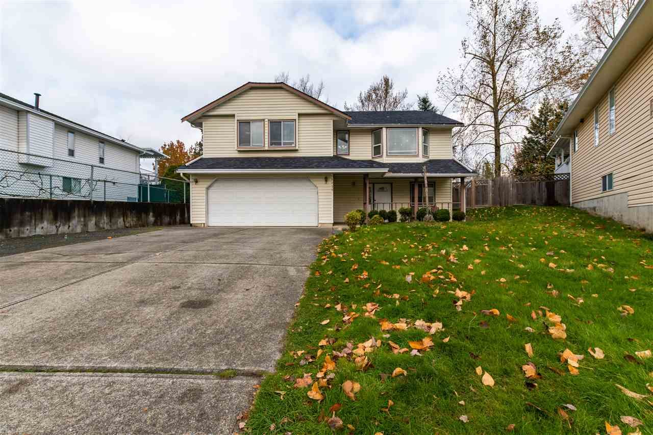 Main Photo: 2858 GARDNER Court in Abbotsford: Abbotsford West House for sale : MLS®# R2516697