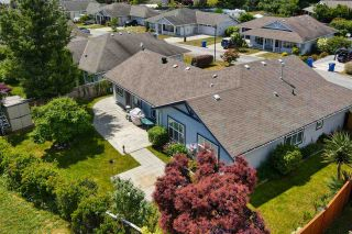 "Photo 21: 5681 CASCADE Crescent in Sechelt: Sechelt District House for sale in ""CASCADE COURT"" (Sunshine Coast)  : MLS®# R2590339"