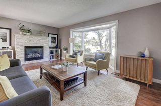 Photo 12: 2956 LATHOM Crescent SW in Calgary: Lakeview Detached for sale : MLS®# C4263838
