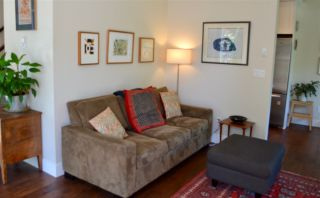 """Photo 3: 1787 NAPIER Street in Vancouver: Grandview VE Townhouse for sale in """"ROBERTSON PLACE"""" (Vancouver East)  : MLS®# R2171675"""