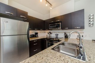 """Photo 4: 313 33538 MARSHALL Road in Abbotsford: Central Abbotsford Condo for sale in """"The Crossing"""" : MLS®# R2284639"""