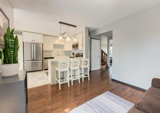 Photo 8: 121 Woodfield Close SW in Calgary: Woodbine Detached for sale : MLS®# A1126289
