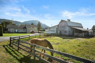 Photo 4: 5621 UNSWORTH Road in Chilliwack: Vedder S Watson-Promontory House for sale (Sardis)  : MLS®# R2560364