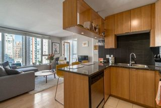 Photo 4: 1204 1010 RICHARDS STREET in Vancouver West: Yaletown Home for sale ()  : MLS®# R2115670