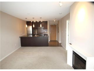 """Photo 2: 1006 2982 BURLINGTON Drive in Coquitlam: North Coquitlam Condo for sale in """"EDGEMONT BY BOSA"""" : MLS®# V946066"""