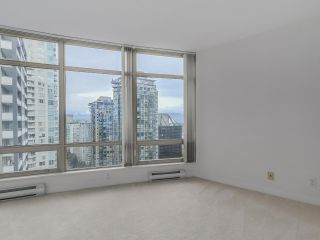 "Photo 11: 1805 1288 ALBERNI Street in Vancouver: West End VW Condo for sale in ""THE PALISADES"" (Vancouver West)  : MLS®# R2106505"