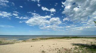 Photo 5: 71 Beckville Beach Drive in Amaranth: Beckville Beach Residential for sale (R40 - R40)  : MLS®# 202107985