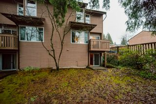 """Photo 32: 516 LEHMAN Place in Port Moody: North Shore Pt Moody Townhouse for sale in """"Eagle Point"""" : MLS®# R2424791"""
