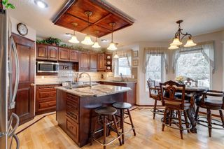 Photo 5: 388 Sienna Park Drive SW in Calgary: Signal Hill Detached for sale : MLS®# A1097255