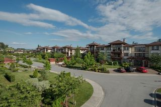 "Photo 2: 301 16477 64 Street in Surrey: Cloverdale BC Condo for sale in ""St. Andrews"" (Cloverdale)  : MLS®# R2063867"