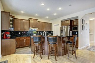 Photo 12: 26 West Cedar Place SW in Calgary: West Springs Detached for sale : MLS®# A1076093