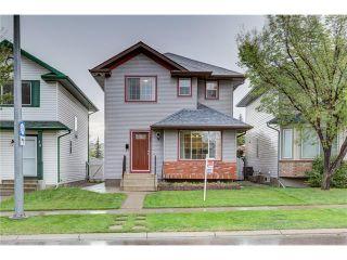 Photo 1: 26 HIDDEN VALLEY Link NW in Calgary: Hidden Valley House for sale : MLS®# C4079786