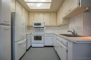 Photo 6: HILLCREST Condo for sale : 2 bedrooms : 1009 Essex St #6 in San Diego