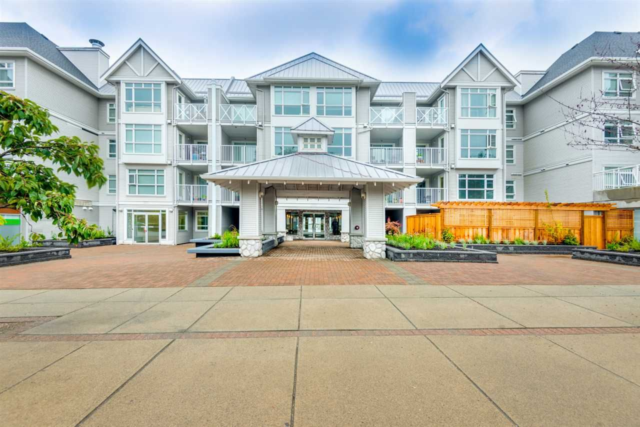 Main Photo: 321 3122 ST JOHNS STREET in Port Moody: Port Moody Centre Condo for sale : MLS®# R2164161