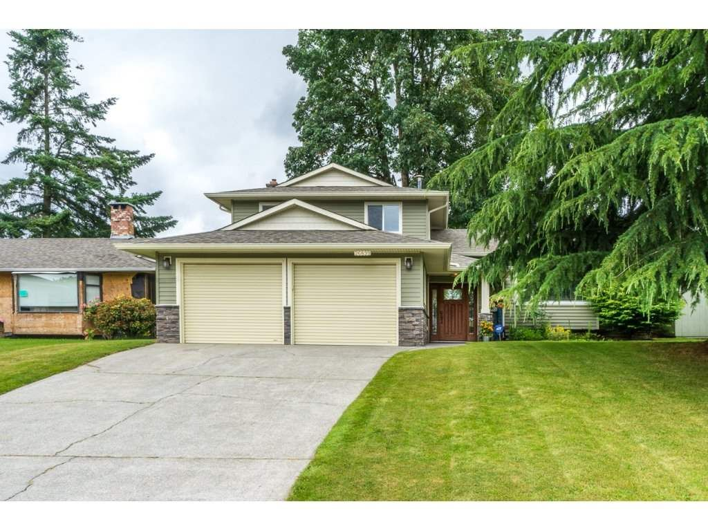 """Main Photo: 26899 32A Avenue in Langley: Aldergrove Langley House for sale in """"Parkside"""" : MLS®# R2086068"""