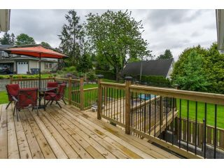 """Photo 19: 18076 58TH Avenue in Surrey: Cloverdale BC House for sale in """"CLOVERDALE"""" (Cloverdale)  : MLS®# F1440680"""