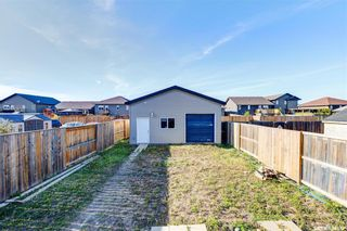 Photo 31: 811 Glenview Cove in Martensville: Residential for sale : MLS®# SK856677
