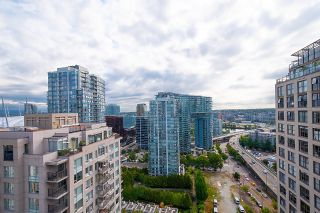 """Photo 5: 2201 950 CAMBIE Street in Vancouver: Yaletown Condo for sale in """"Pacific Place Landmark 1"""" (Vancouver West)  : MLS®# R2617691"""