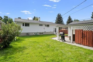 Photo 38: 308 Capri Avenue NW in Calgary: Charleswood Detached for sale : MLS®# A1143471