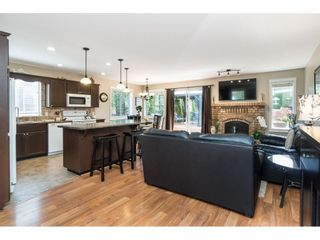 Photo 6: 15466 91A Avenue in Surrey: Fleetwood Tynehead House for sale : MLS®# R2389353
