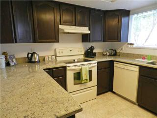 Photo 3: 1 5635 LADNER TRUNK Road in Ladner: Hawthorne Condo for sale : MLS®# V946292