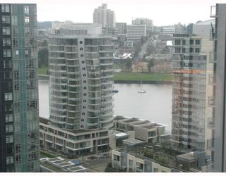 """Photo 8: 2101 1438 RICHARDS Street in Vancouver: False Creek North Condo for sale in """"AZUR 1"""" (Vancouver West)  : MLS®# V808146"""
