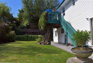 Photo 19: 5834 REEF ROAD in Sechelt: Sechelt District House for sale (Sunshine Coast)  : MLS®# R2442223