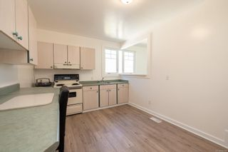 Photo 8: 2581 & 2583 Vancouver St in Victoria: Vi Hillside Full Duplex for sale : MLS®# 886669