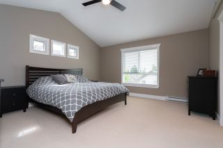 Photo 27: 16484 60A Avenue in Surrey: Cloverdale BC House for sale (Cloverdale)  : MLS®# R2456556