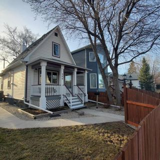 Photo 2: 366 Queen Street in Winnipeg: St James Residential for sale (5E)  : MLS®# 202107883