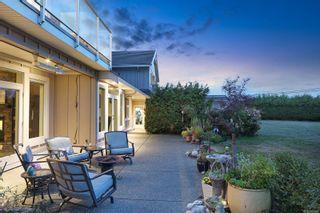 Photo 12: 205 Connemara Rd in : CV Comox (Town of) House for sale (Comox Valley)  : MLS®# 887133