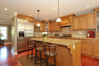 Photo 9: 12366 22nd Ave in South Surrey: Home for sale