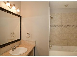 Photo 11: 130 RIVERSIDE Crescent NW: High River Residential Attached for sale : MLS®# C3612435
