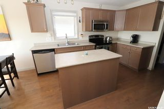 Photo 4: 952 Glenview Cove in Martensville: Residential for sale : MLS®# SK850808