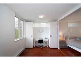 "Photo 15: 318 328 E 11TH Avenue in Vancouver: Mount Pleasant VE Condo for sale in ""Uno"" (Vancouver East)  : MLS®# V1061290"