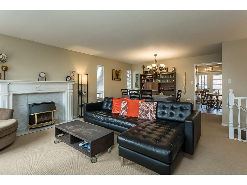 Photo 12: Photos: 35275 BELANGER Drive in Abbotsford: Abbotsford East House for sale : MLS®# R2558993